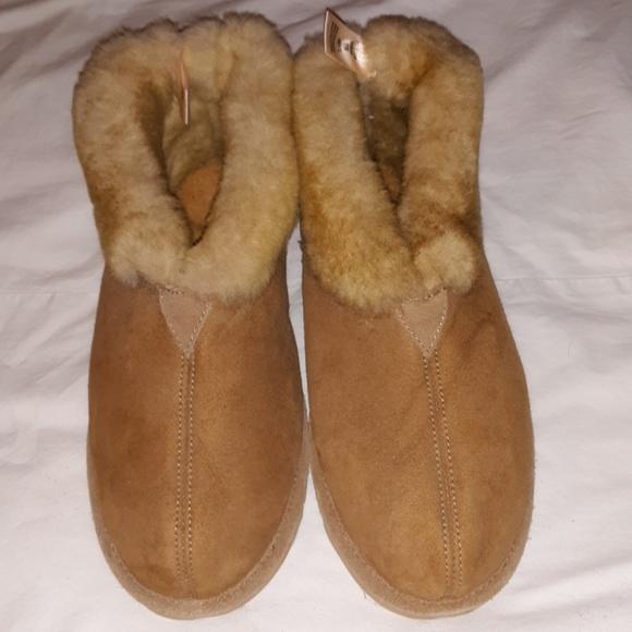46a92953bfa Cabelas Mens Twinface Sheepskin Slippers 8W